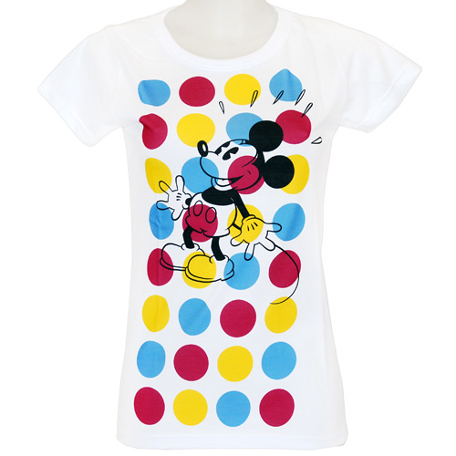 Футболка женская Цветные круги, цвет: белый.101. Размер XS (42)101Современная женская футболка молодежного фасона Цветные круги - это не просто футболка, это - способ самовыражения. Футболка оформлена изображением Микки Мауса на фоне цветных кругов. Молодежные тенденции в дизайне и оригинальность рисунка ярко подчеркнут индивидуальность.
