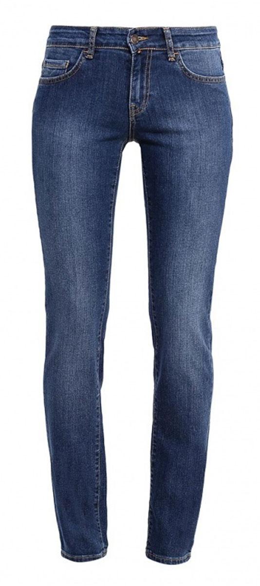 Джинсы женские F5, цвет: синий. 265047_19202. Размер 31-34 (46/48-34)265047_19202_Blue denim Paris str., w.darkЖенские джинсы F5 выполнены из эластичного хлопка. Модель застегивается на пуговицу в талии и ширинку на молнии. Спереди джинсы дополнены двумя втачными карманами и одним секретным кармашком, сзади двумя накладными карманами.