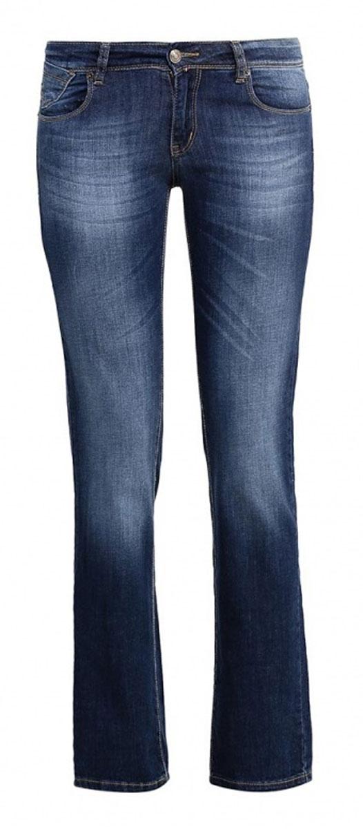 Джинсы женские F5 Gypsy, цвет: синий. 19599. Размер 32-34 (48-34)160249_19599_Blue denim Gypsy str., w.mediumЖенские джинсы F5 Gypsy выполнены из высококачественного эластичного хлопка. Джинсы прямого кроя и стандартной посадки застегиваются на пуговицу в поясе и ширинку на застежке-молнии, дополнены шлевками для ремня. Джинсы имеют классический пятикарманный крой: спереди модель дополнена двумя втачными карманами и одним маленьким накладным кармашком, а сзади - двумя накладными карманами. Джинсы украшены декоративными потертостями и перманентными складками.