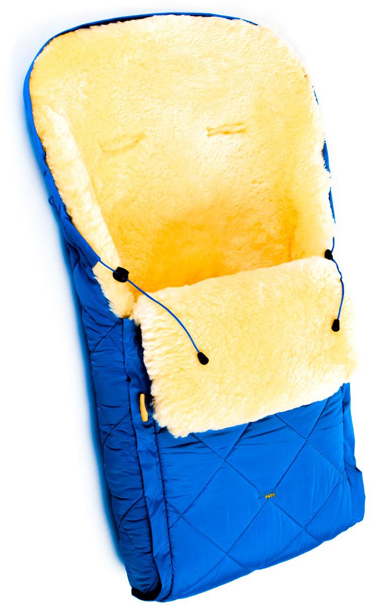 Конверт в коляску Ramili Baby Classic, цвет: синий. CL10BLUE. Размер универсальныйCL10BLUEДетский меховой конверт в коляску Ramili Baby Classic изготовлен из прочной микрофибры и высококачественной натуральной овчины.Конверт оснащен одной молнией и раскладывается на два автономных коврика. Верхняя часть фиксируется при помощи деревянных пуговиц. Овчина специальной выделки, в которой отсутствуют вредные вещества и тяжелые металлы, гипоаллергенна, отлично сохраняет тепло, обеспечивает циркуляцию воздуха внутри изделия. Детский конверт может использоваться с самого рождения. Конверт имеет 6 прорезей для ремня.Верхняя часть конверта собирается в капюшон при помощи шнурка-кулиски. Конверт расширен области головы, чем обеспечивается дополнительная защита от холода.