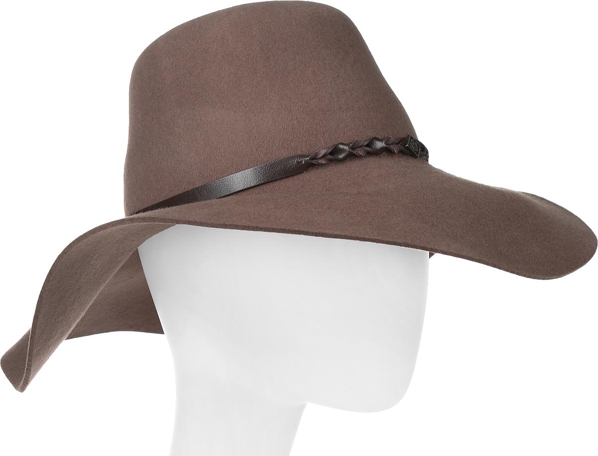 Шляпа женская Goorin Brothers, цвет: коричневый. 605-9709. Размер M (57)605-9709Элегантная шляпа Goorin Brothers, выполненная из высококачественного тонкого фетра, дополнит любой образ. Модель с невысокой тульей и широкими полями. Внутри модель дополнена плотной тесьмой для комфортной посадки изделия по голове. Шляпа-флоппи по тулье оформлена тонким ремешком, который спереди отмечен логотипом Goorin Bros.Такая шляпа подчеркнет вашу неповторимость и прекрасный вкус.