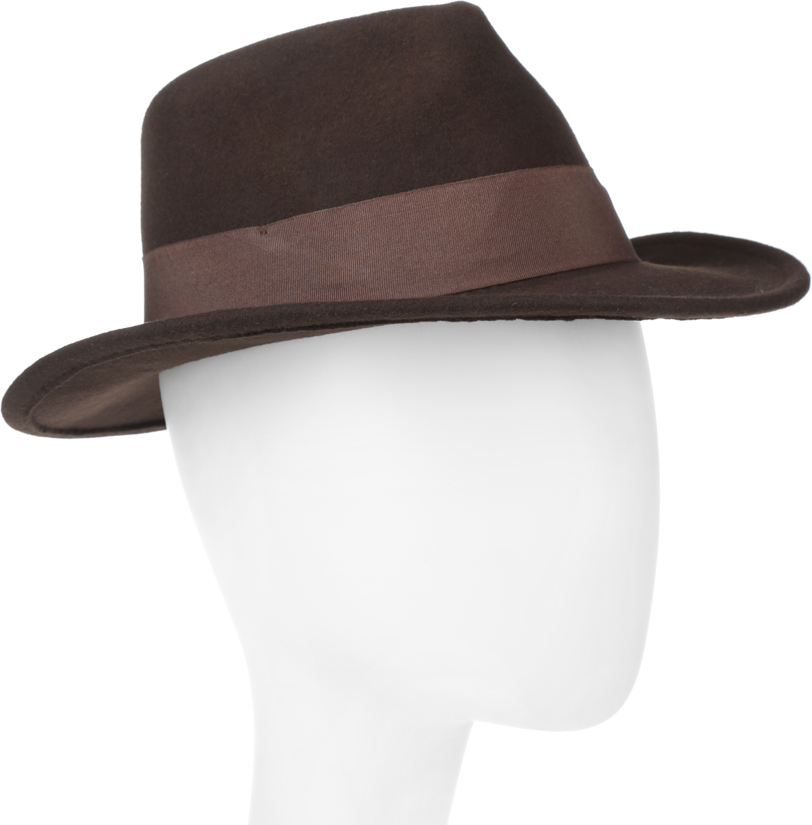 Шляпа Goorin Brothers Glory, цвет: темно-коричневый. 600-0001. Размер S/M (55/57)600-0001Элегантная шляпа The Francis Fratelli от Goorin Brothers из коллекции Glory, выполненная из фетра, дополнит любой образ. Модель с узкими полями, невысокой вертикальной тульей с продольными заломами и прямым полями. Внутри модель дополнена плотной тесьмой для комфортной посадки изделия по голове. Шляпа-федора по тулье оформлена широкой текстильной лентой с перемычкой дополненной металлическим элементом в виде логотипа бренда.Такая шляпа подчеркнет вашу неповторимость и прекрасный вкус.