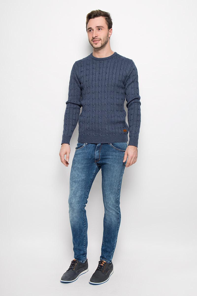Джинсы мужские Wrangler, цвет: синий деним. W14XX783U. Размер 31-34 (46/48-34)W14XX783UСтильные мужские джинсы Wrangler высочайшего качества на каждый день, которые прекрасно сидят.Джинсы-скинни стандартной посадки изготовлены из плотного высококачественного материала.Застегиваются джинсы на пуговицу в поясе и ширинку на застежке-молнии, имеются шлевки для ремня. Спереди модель оформлены двумя втачными карманами и одним небольшим секретным кармашком, а сзади - двумя накладными карманами.Эти модные и в тоже время комфортные джинсы послужат отличным дополнением к вашему гардеробу. В них вы всегда будете чувствовать себя уютно и комфортно.