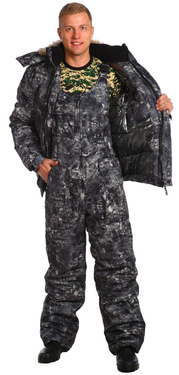 Костюм рыболовный мужской Skanson Ястреб, цвет: серый. 5628. Размер 60/62, 182-188 см5628Утепленный костюм с укороченной курткой на резинке. Предназначен для холодного времени года, состоит из куртки и полукомбинезона. Произведен с использованием современных технологий- куртка на молнии и кнопках, с большими теплыми нагрудными карманами на молнии ; - высокий, теплый комбинированный флисовый воротник-стойка;- съемный утепленный капюшон с опушкой на кнопках;- рукава на манжетах с эластичной тесьмой, усилены в области локтя накладками;- низ куртки на притачном поясе с эластичной тесьмой;- полукомбинезон с объемными карманами, с двухзамковой молнией, на бретелях с карабинами и эластичными вставками, с усиленными наколенниками и накладками на задних половинках;- низ брюк со шлицами и с вставками на липучке для удобства;- на поясе полукомбинезона удобные широкие шлевки под ремень;- по низу подкладки полукомбинезона расположены защитные юбочки с эластичной тесьмой;- количество карманов - 10.