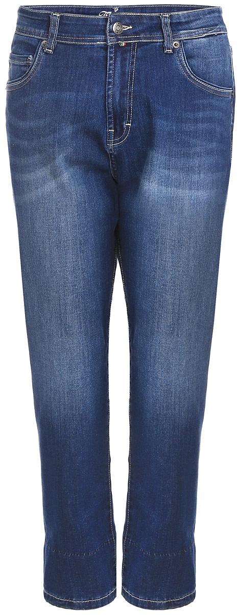 Джинсы женские F5, цвет: синий. 160255_19732. Размер 32-34 (48-34)160255_19732_Blue denim BR.2 str., w.mediumСтильные женские джинсы F5 изготовлены из хлопка с добавлением спандекса. Укороченные джинсы-бойфренды с завышенной посадкой застегиваются на пуговицу в поясе и ширинку на застежке-молнии. На поясе предусмотрены шлевки для ремня. Спереди модель оформлена двумя втачными карманами и накладным кармашком, а сзади - двумя накладными карманами. Джинсы оформлены эффектом потертости, контрастной прострочкой и перманентными складками.