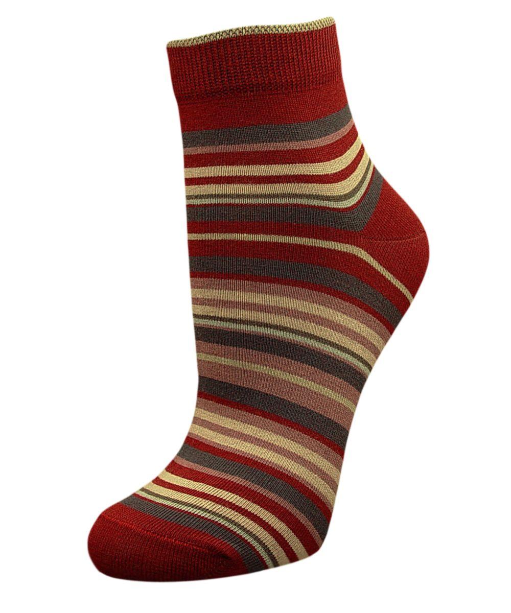 Носки женские Гранд, цвет: бордовый, мультиколор, 2 пары. SCL66. Размер 23/25SCL66Женский носки Гранд изготовлены из высококачественного хлопка с добавлением полиамидных и эластановых волокон, которые обеспечивают великолепную посадку.Удобная резинка идеально облегает ногу и не пережимает сосуды, а укороченный паголенок придает более эстетичный вид. Мысок и пятка усилены. В комплект входят две пары носков. Модель оформлена принтом в полоску.