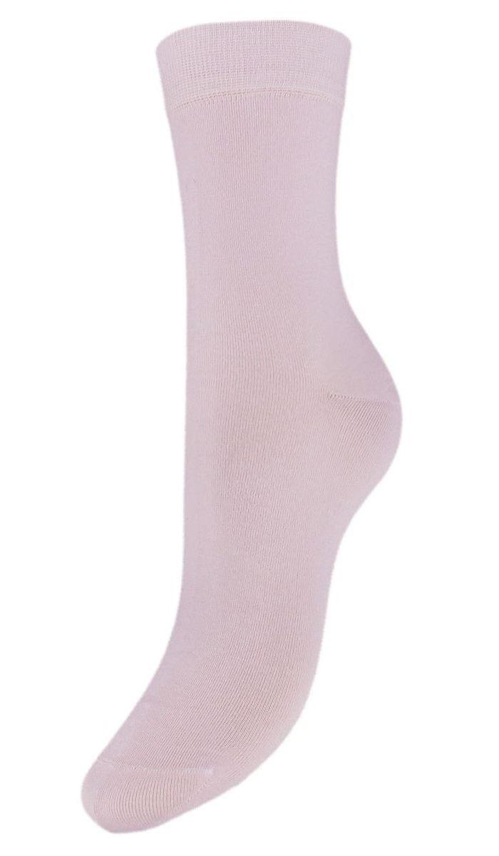 Носки женские Гранд, цвет: сиреневый, 2 пары. SCL27. Размер 23/25SCL27Женские однотонные носки Гранд выполнены из хлопка. Носки с бесшовной технологией зашивки мыска (кеттельный шов) изготовлены по европейским стандартам из самой лучшей гребенной пряжи, они безупречный внешний вид, усиленные пятку и мысок для повышенной износостойкости, после стирки не меняют цвет. Функция отвода влаги позволяет сохранить ноги сухими. Благодаря свойствам эластана, не теряют первоначальный вид. Используя европейские стандарты на современных вязальных автоматах, компания Гранд предоставляет покупателю высокое качество изготавливаемой продукции.