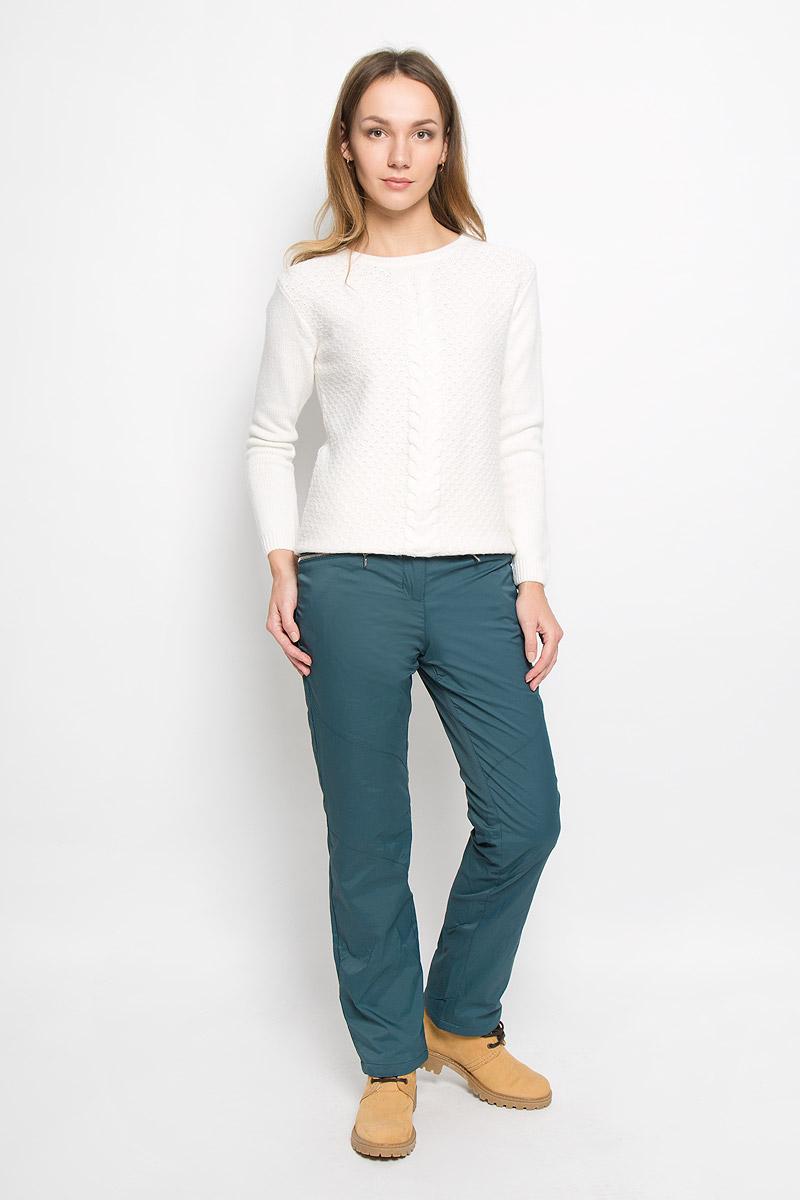 Брюки женские Baon, цвет: темно-бирюзовый. B296530. Размер L (48)B296530_WINTER SPRUCEЖенские брюки Baon отлично подойдут для холодной погоды. Модель выполнена водоотталкивающей ткани на мягкой флисовой подкладке. Брюки застегиваются на кнопку в поясе и имеют ширинку на застежке-молнии, также имеются шлевки для ремня. Спереди модель дополнена двумя врезными карманами на застежках-молниях.