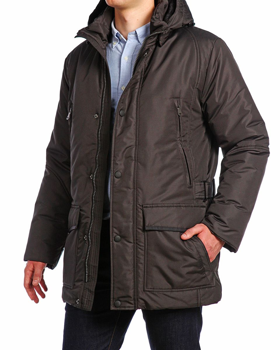 Куртка мужская Xaska, цвет: черный. 14421. Размер 5014421_BlackМужская куртка Xaska изготовлена из высококачественного полиэстера. В качестве утеплителя используется холлофайбер. Куртка с съемным капюшоном застегивается на застежку-молнию, а также дополнительно имеет ветрозащитную планку на кнопках. Капюшон оснащен текстильным шнурком со стопперами. Рукава дополнены внутренними эластичными манжетами. Спереди имеются шесть карманов на застежках-молниях и кнопках, внутри расположены два прорезных кармана на застежках-молниях. По бокам куртка регулируется при помощи хлястика с металлическими фиксаторами.