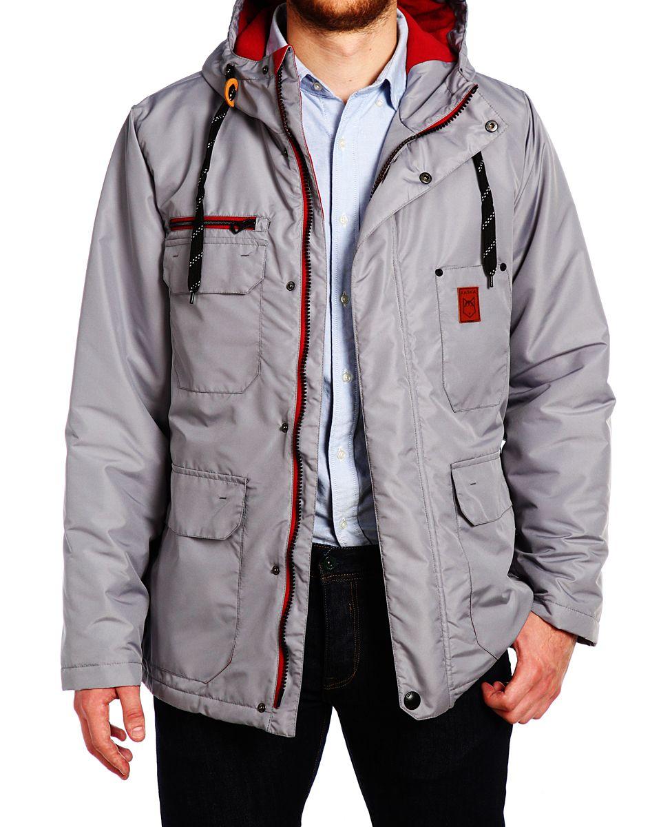 Куртка мужская Xaska, цвет: сеpый. 15508. Размер 4615508_SiltstoneСтильная мужская куртка Xaska превосходно подойдет для холодных дней. Куртка выполнена из полиэстера, она отлично защищает от дождя, снега и ветра, а наполнитель из синтепона превосходно сохраняет тепло. Модель с длинными рукавами и несъемным капюшоном застегивается на застежку-молнию и имеет ветрозащитный клапан на кнопках спереди. Объем капюшона регулируется шнурком-кулиской. Изделие дополнено тремя накладными карманами на клапанах с кнопками, одним накладным без застежек с фирменной нашивкой и тремя втачными передними карманами, а также двумя внутренними втачными карманами на молнии. Низ и объем талии куртки регулируется при помощи шнурка-кулиски. Эта модная и в то же время комфортная куртка согреет вас в холодное время года и отлично подойдет как для прогулок, так и для активного отдыха.
