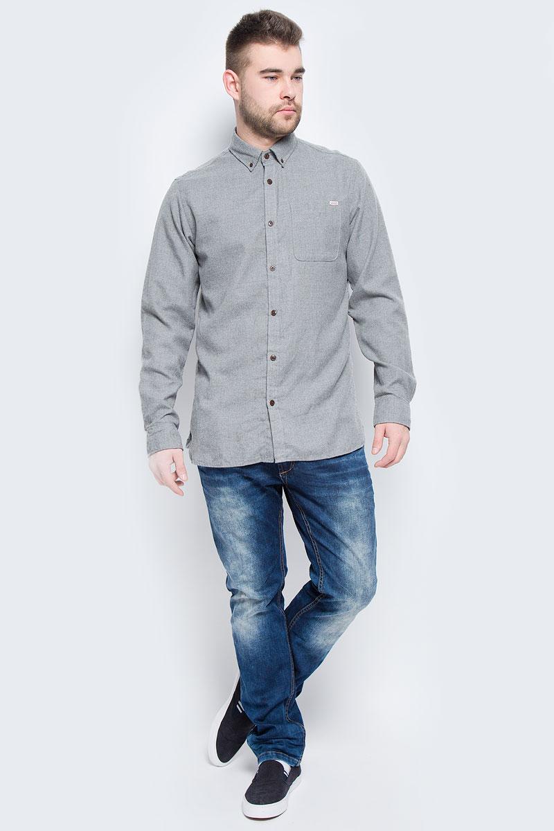 Рубашка мужская Jack & Jones, цвет: серый. 12113437. Размер S (44)12113437_Grey MelangeМужская рубашка Jack & Jones выполнена из полиэстера с добавлением вискозы. Рубашкас длинными рукавами и отложным воротником застегивается на пуговицы спереди. Манжеты рукавов также застегиваются на пуговицы. На груди расположен накладной карман.