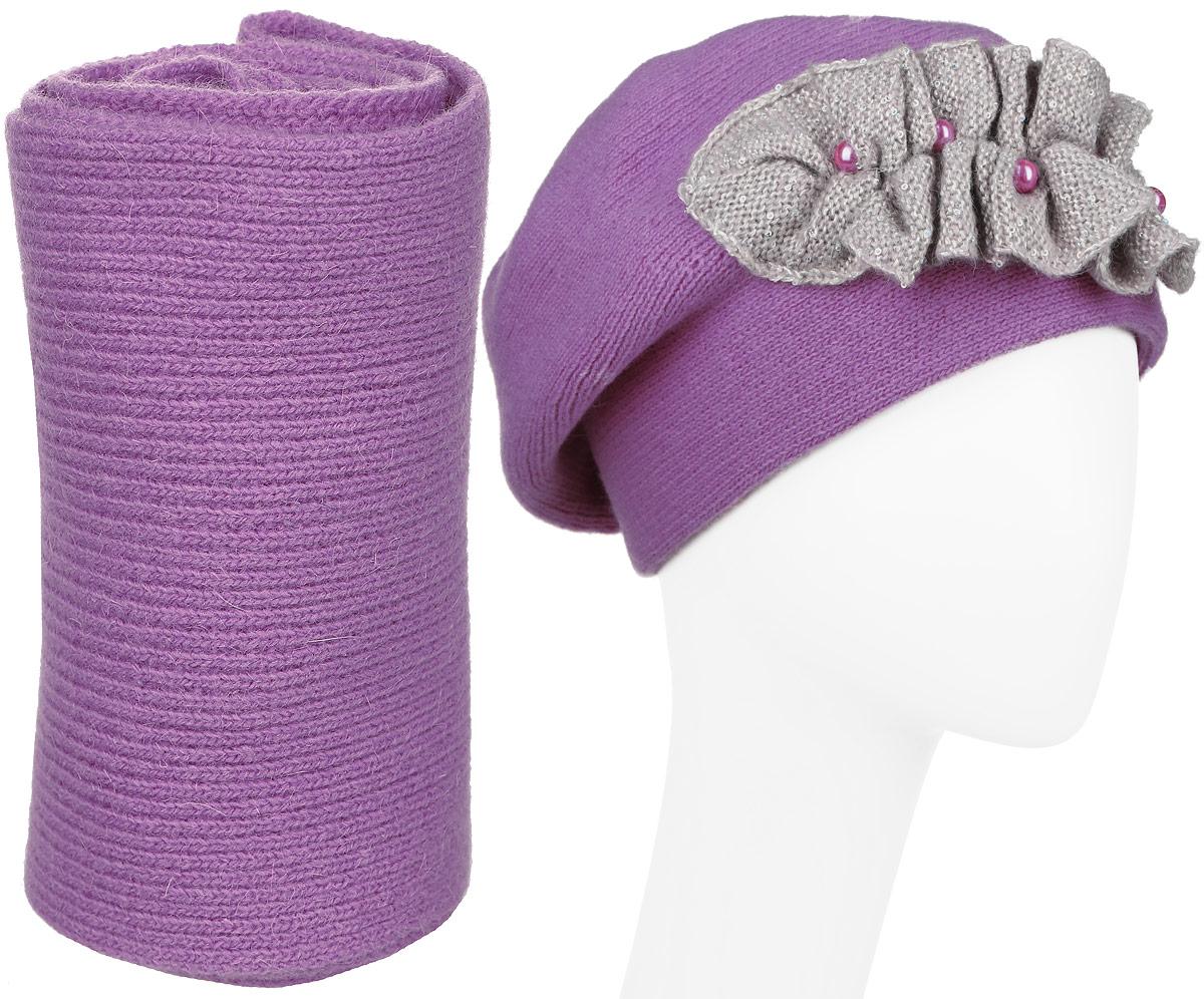 Комплект женский Vittorio Richi: шапка, шарф, цвет: орхидея, светло-серый. 121/41705L. Размер 56/58121/41705L-47/22Стильная комплект Vittorio Richi, состоящий из шапки и шарфа, отлично дополнит ваш образ и согреет в холодную погоду. Шапка и шарф выполнены из шерсти с добавлением ангоры и полиамида. Шапка дополнена интересной нашивкой и декорирована искусственным жемчугом и пайетками.Уважаемые клиенты!Размер, доступный для заказа, является обхватом головы.