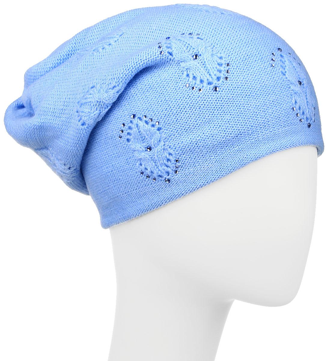 Шапка женская Finn Flare, цвет: голубой. W16-11124_139. Размер 56W16-11124_139Стильная женская шапка Finn Flare дополнит ваш наряд и не позволит вам замерзнуть в холодное время года. Шапка выполнена из высококачественной пряжи, что позволяет ей великолепно сохранять тепло и обеспечивает высокую эластичность и удобство посадки.Спереди удлиненная модель оформлена металлической пластиной с названием бренда и стразами. Такая шапка станет модным и стильным дополнением вашего гардероба. Она согреет вас и позволит подчеркнуть свою индивидуальность!