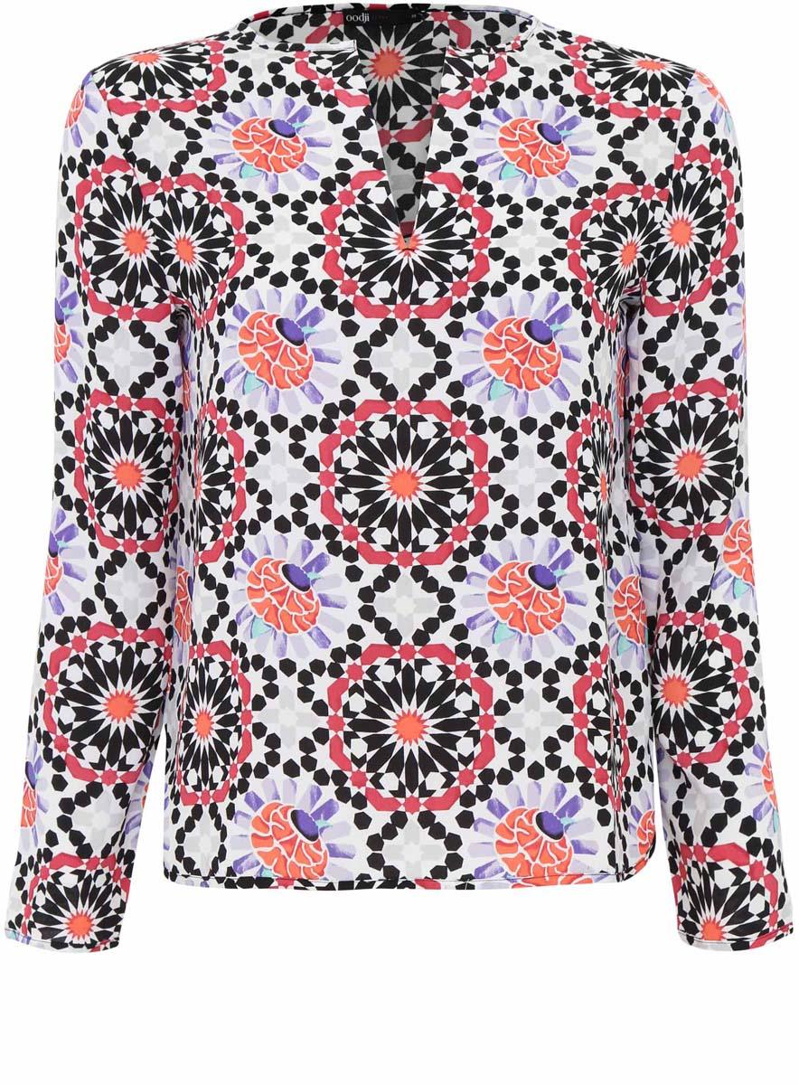 Блузка женская oodji Ultra, цвет: белый, черный. 11411056M/33109/1229G. Размер 34 (40-170)11411056M/33109/1229GОригинальная женская блузка oodji Ultra, выполненная из качественного полиэстера, не оставит вас без внимания. Модель свободного силуэта с V-образным вырезом горловины и длинными рукавами. Оформлена блузка контрастным принтом и по спинке немного удлинена.