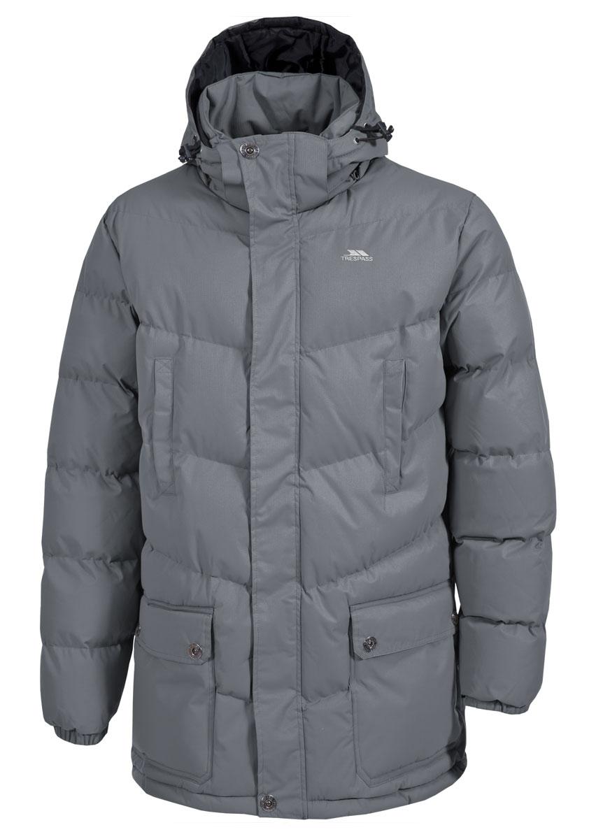 Куртка мужская Trespass Cumulus, цвет: серый. MAJKCAK20005. Размер XS (46)MAJKCAK20005Теплая куртка Trespass Cumulus в стиле casua выполнена из 100% полиэстера и застегивается на застежку-молнию. Утеплитель ColdHeat 360 г/м2 (синтетический, микроволоконный с функцией быстрого отвода влаги и высоким уровнем теплозащиты и износостойкости). Каждый простроченный шов от иглы оставляет сотни отверстий, через которые влага может проникать внутрь куртки. Применение технологии Taped Seams - обработка швов термо-пластичесткой лентой под высоким давлением - запечатывает швы, тем самым препятствуя проникновению влаги внутрь куртки, дополнительно обеспечивая вашему телу сухость и комфорт. Материал верха защищает от влаги (влагозащита - 5 000мм) и имеет дополнительное усиление от разрыва. Модель дополнена утепленным регулируемым капюшоном.