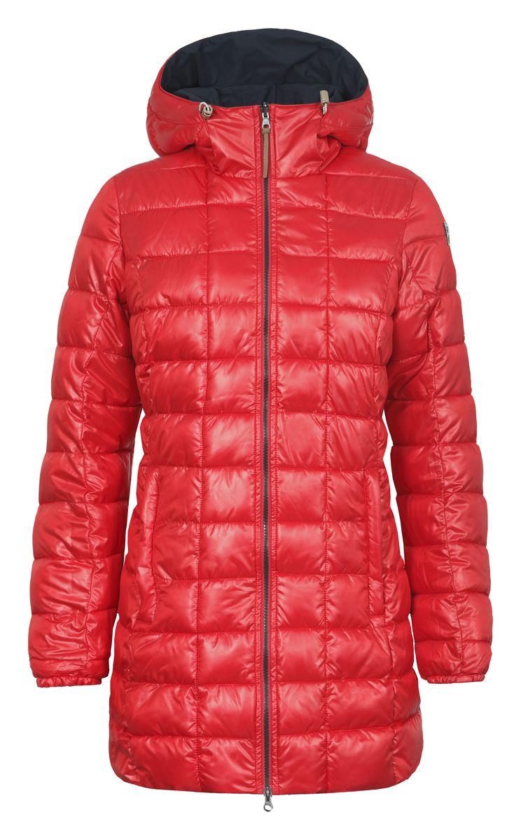 Куртка женская Icepeak Tara, цвет: красный, темно-синий. 653057507IV. Размер 40 (46)653057507IVДвусторонняя женская куртка Luhta Paavo с длинными рукавами и несъемным капюшоном выполнена из полиэстерав двух контрастных цветах. Наполнитель - синтепон.Куртка застегивается на застежку-молнию спереди. Изделие оснащено двумя втачными карманами на застежках-молниях с наружной и внутренней стороны. Рукава дополнены эластичными манжетами. Объем капюшона регулируется при помощи шнурка-кулиски.
