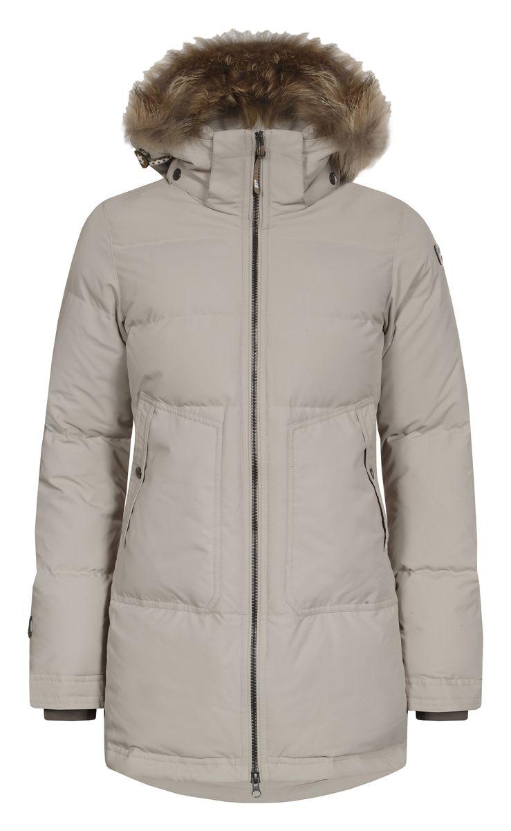 Куртка женская Icepeak Teresa, цвет: бежевый. 653054532IV. Размер 40 (46)653054532IVЖенская куртка Icepeak Teresa выполнена из 100% полиэстера. Материал изготовлен при помощи технологии Icemax, которая обеспечит вам надежную защиту от ветра и влаги. В качестве подкладки также используется полиэстер. Утеплителем служит материал FinnWad, который обладает высокими теплоизоляционными свойствами. Модель с воротником-стойкой и съемным капюшоном застегивается на застежку-молнию с двумя бегунками и имеет внутреннюю ветрозащитную планку. Капюшон, оформленный искусственным мехом, пристегивается к изделию за счет застежку-молнии и кнопок. Кроай капюшона дополнен шнурком-кулиской. Низ рукавов дополнен внутренними эластичными манжетами. Объем по талии регулируется за счет скрытого шнурка-кулиски. В боковых швах расположены застежки-молнии. Спереди расположено два накладных кармана на кнопках, а с внутренней стороны - накладной карман-сетка и прорезной карман на застежке-молнии. На рукавах расположены фирменные нашивки.