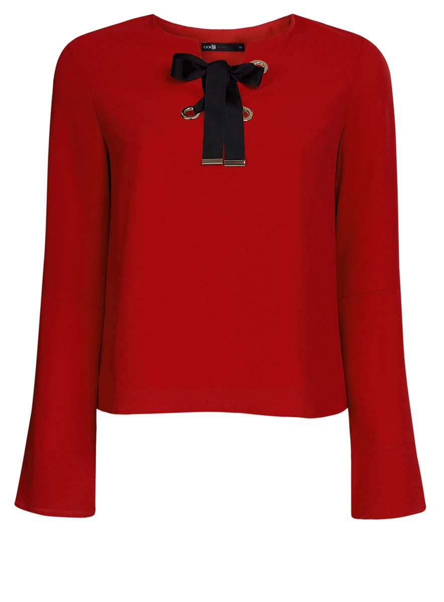 Блузка женская oodji Ultra, цвет: красный. 11401256/45994/4500N. Размер 40 (46-170)11401256/45994/4500NЖенская блузка oodji Ultra выполнена из высококачественного комбинированного материала. Модель с круглым вырезом горловины и рукавами-колокол, на груди декорирована контрастной лентой-шнуровкой,