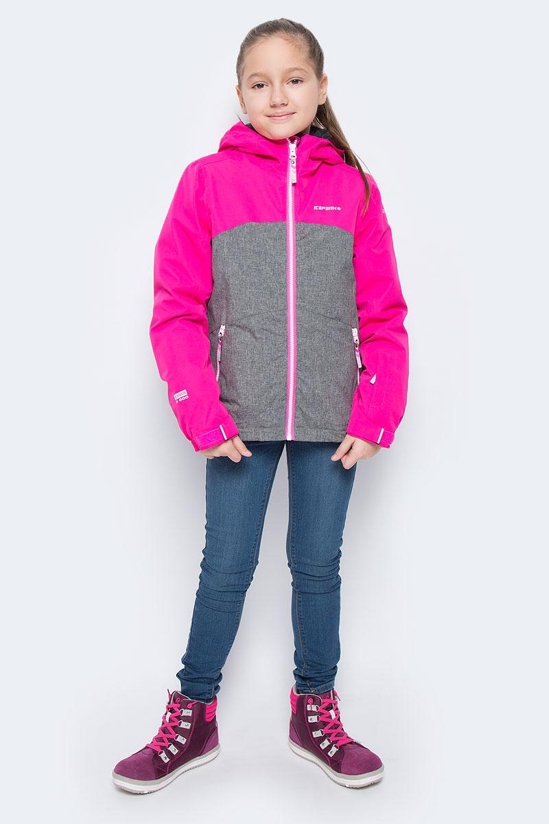 Куртка для девочки Icepeak Haley Jr, цвет: розовый, серый. 650024805IV. Размер 164650024805IVКуртка для девочки Icepeak Haley Jr выполнена из прочного текстиля с водонепроницаемой и воздухопроницаемой мембраной Icemax 3000/3000 г/м2 /24 ч, которая защищает от ветра и влаги даже в экстремальных условиях. Модель с капюшоном и застегивается на молнию с защитой подбородка. Манжеты рукавов регулируются по ширине за счет хлястиков с липучками. Спереди модель дополнена двумя прорезными карманами на застежках-молниях, на рукаве имеется скрытый карман на молнии, с внутренней стороны расположен один накладной карман и один врезной кармана на молнии. Куртка оснащена светоотражающими элементами. Низ изделия дополнен скрытой резинкой со стопперами.Водонепроницаемая мембрана 3000 mm.