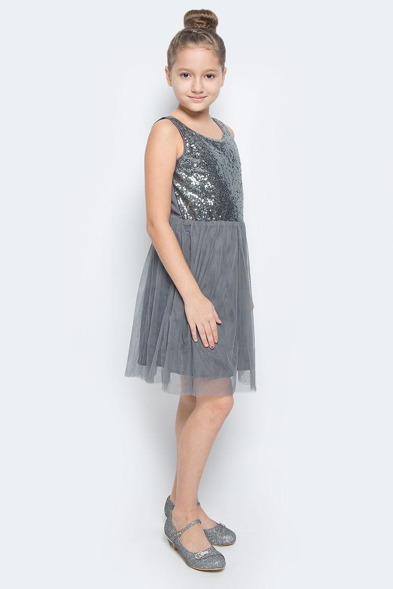 Платье для девочки Scool, цвет: серый. 454004. Размер 158, 13 лет454004Платье для девочки Scool выполнено из высококачественного комбинированного материала и дополнено подкладкой из натурального хлопка. Модель с круглым вырезом горловины спереди расшита пайетками. Юбка изделия дополнена двойным сетчатым материалом.