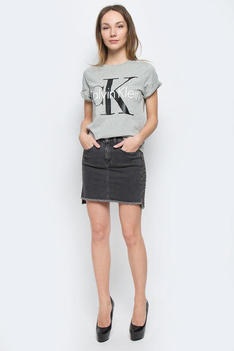 Футболка женская Calvin Klein Underwear, цвет: светло-серый. QS5557E_020. Размер S (42) футболка женская calvin klein underwear цвет черный qs5557e 001 размер s 42