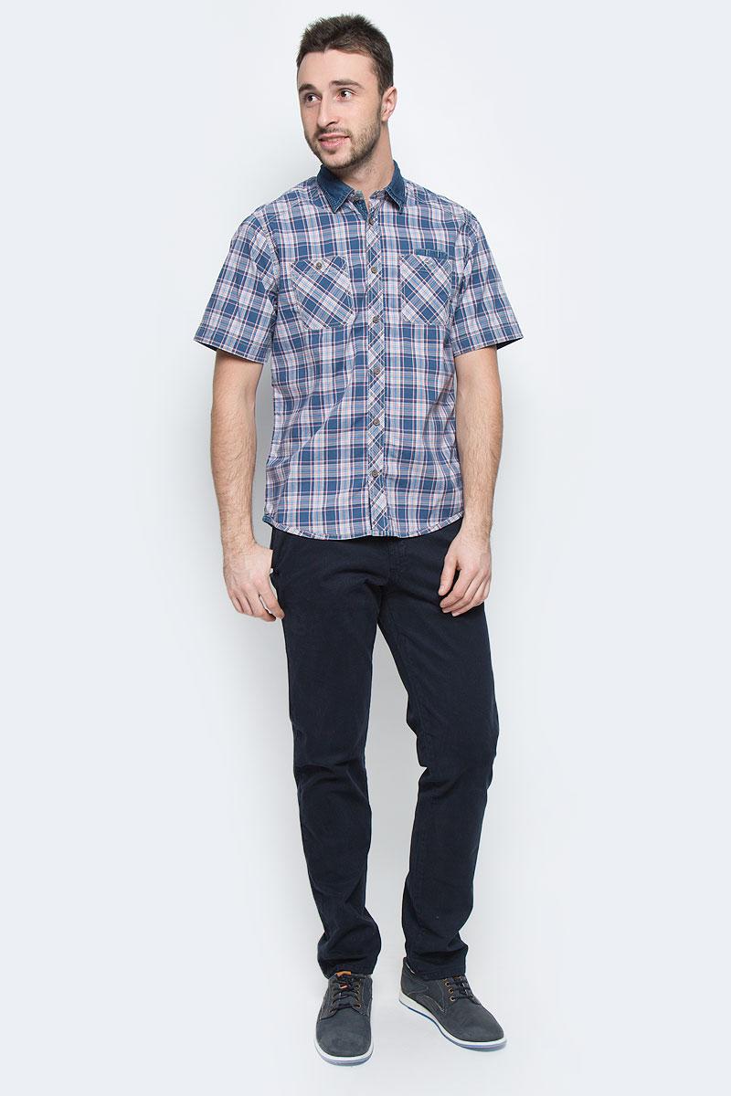 Рубашка мужская Tom Tailor, цвет: синий, красный, белый. 2031676.00.10_6865. Размер XL (52)2031676.00.10_6865Стильная мужская рубашка Tom Tailor, выполненная из натурального хлопка, позволяет коже дышать, тем самым обеспечивая наибольший комфорт при носке. Модель классического кроя с отложным воротником и короткими рукавами застегивается на пуговицы по всей длине. Модель оформлена оригинальным принтом. На груди расположены два накладных кармана на пуговицах и карман-держатель для авторучек.