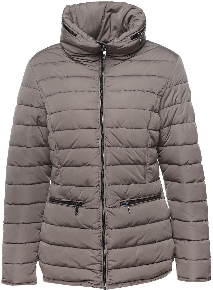 Куртка женская Luhta, цвет: серый. 636480396LV. Размер 42 (48)636480396LVУдобная женская куртка Luhta выполнена из высококачественного полиэстера. Такая модель отлично подойдет для прохладной погоды.Куртка стеганая с воротником стойкой застегивается на застежку-молнию с нижней защитной планкой. Воротник оформлен металлической змейкой по всей длине, которую можно расстегнуть и достать капюшон. Модель снаружи дополнена двумя втачными карманами на молниях и одним внутренним прорезным карманом на застежке-молнии.