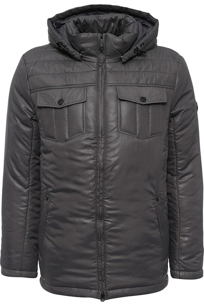 Куртка мужская Finn Flare, цвет: темно-серый. W16-21003_202. Размер M (48)W16-21003_202Стильная мужская куртка Finn Flare превосходно подойдет для прохладных дней. Куртка выполнена из высококачественного материала с подкладкой и наполнителем из полиэстера. Модель классического прямого кроя с длинными рукавами и воротником-стойкой застегивается на молнию. Капюшон пристегивается на кнопки, имеет на макушке хлястик на липучке и дополнен утягивающей резинкой на стопперах. Спереди изделие дополнено двумя втачными карманами на молнии и двумя накладными карманами с клапанами на кнопках. На внутренней стороне куртка оформлена одним прорезным карманом на молнии и двумя втачными карманами на пуговице. По низу модель регулируется в размере с помощью стопперов.