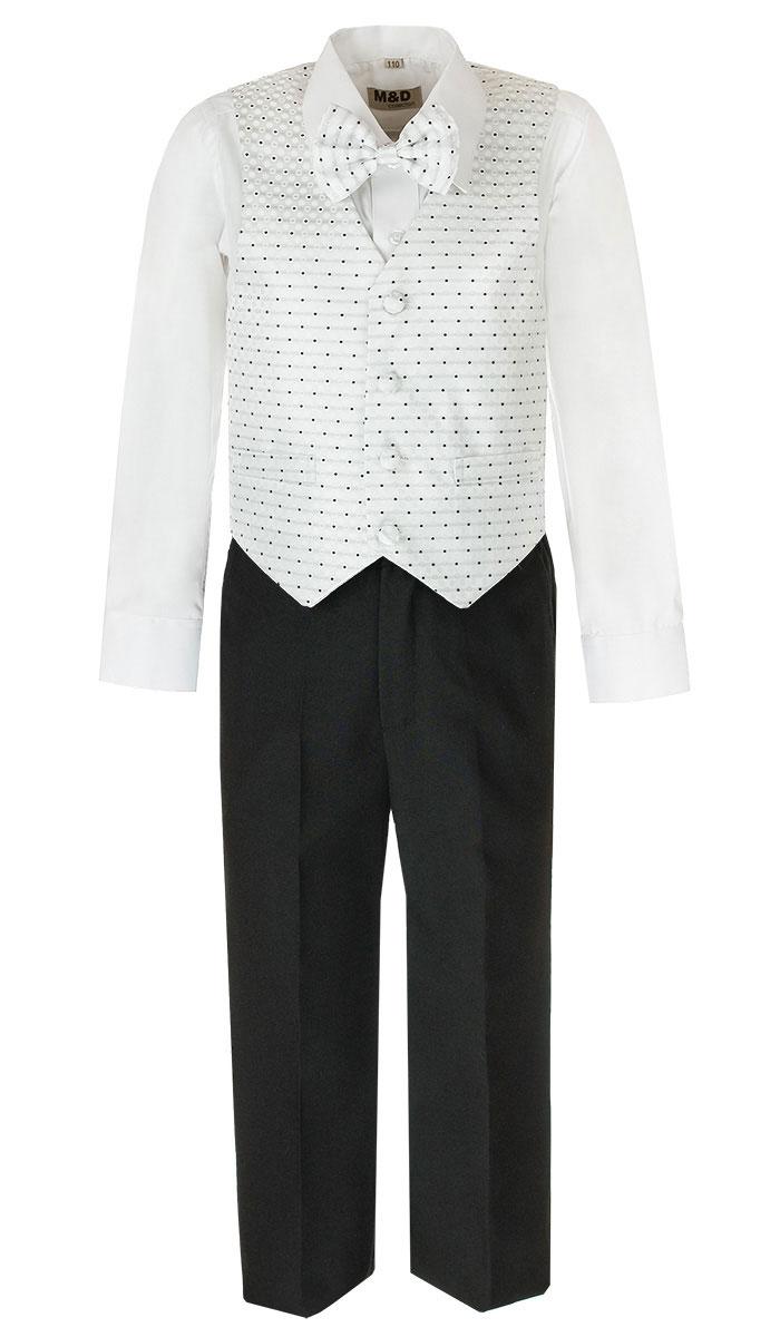 Костюм для мальчика M&D, цвет: белый, черный. HWI170031-1. Размер 116HWI170031-1Костюм для мальчика M&D изготовлен из полиэстера с добавлением модала и хлопка. Костюм включает в себя рубашку, брюки, жилет и галстук-бабочку. Рубашка с отложным воротником и длинными рукавами застегивается на пуговицы. Манжеты рукавов оснащены застежками-пуговицами. На груди расположен накладной карман. Брюки классического кроя и стандартной посадки застегиваются на пуговицу в поясе и ширинку на застежке-молнии. На поясе имеются шлевки для ремня. Пояс по бокам присборен на резинки. Брюки дополнены втачными карманами. Жилет с V-образным вырезом горловины застегивается на пуговицы. Спереди расположены два прорезных кармана. Галстук-бабочка оснащен эластичной резинкой. Жилет и галстук-бабочка оформлены оригинальным принтом.