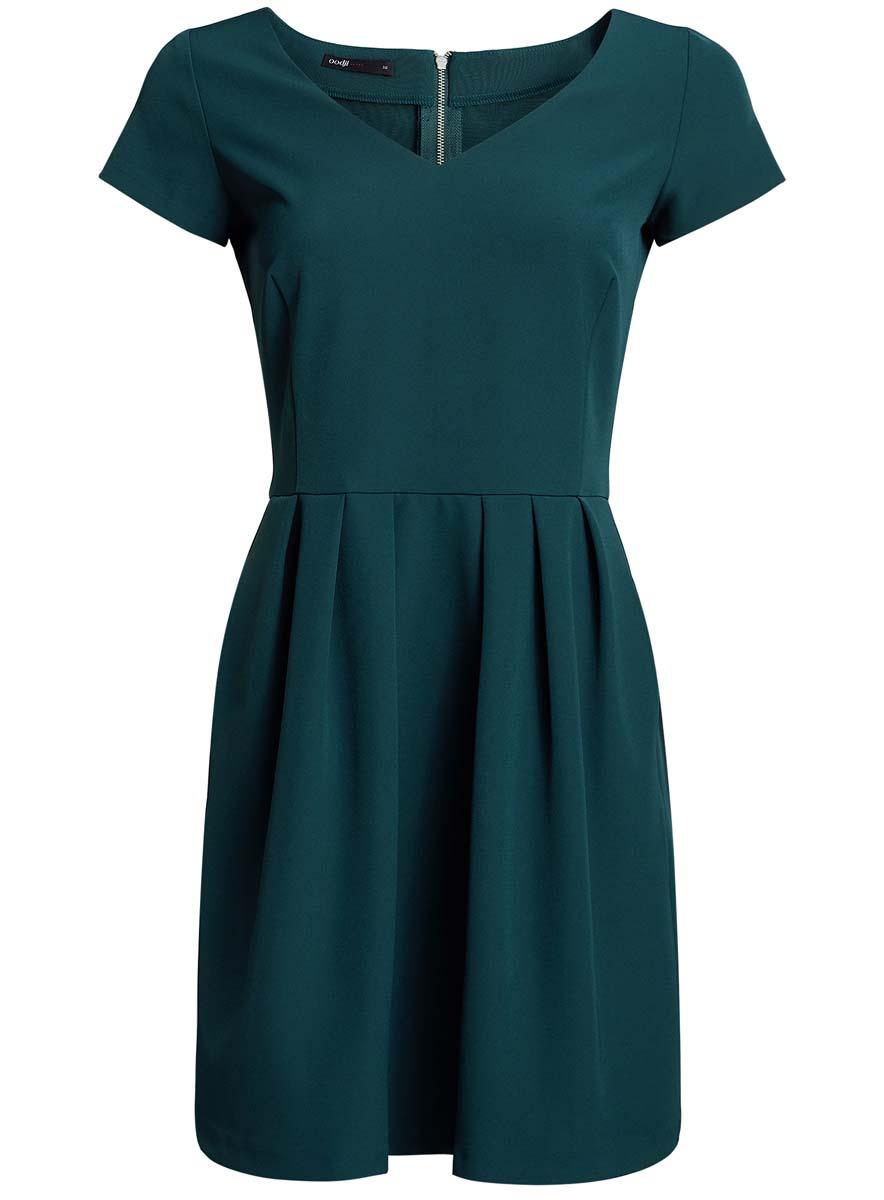 Платье oodji Ultra, цвет: морская волна. 11913028/45559/6C00N. Размер 40 (46-170)11913028/45559/6C00NПлатье oodji Ultra изготовлено из полиэстера с добавлением эластана. Верх платья выполнен с короткими рукавами и V-образным вырезом. Подол платья оформлен крупными складками. Модель застегивается на металлическую застежку-молнию, расположенную на спинке.