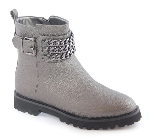 Ботинки женские Daze, цвет: серый. 16117Z-2-1L. Размер 3616117Z-2-1LСтильные женские ботинки Daze выполнены из искусственной кожи. Подошва оснащена рифлением. Такие ботинки отлично подойдут для тех, кто хочет подчеркнуть свою индивидуальность.