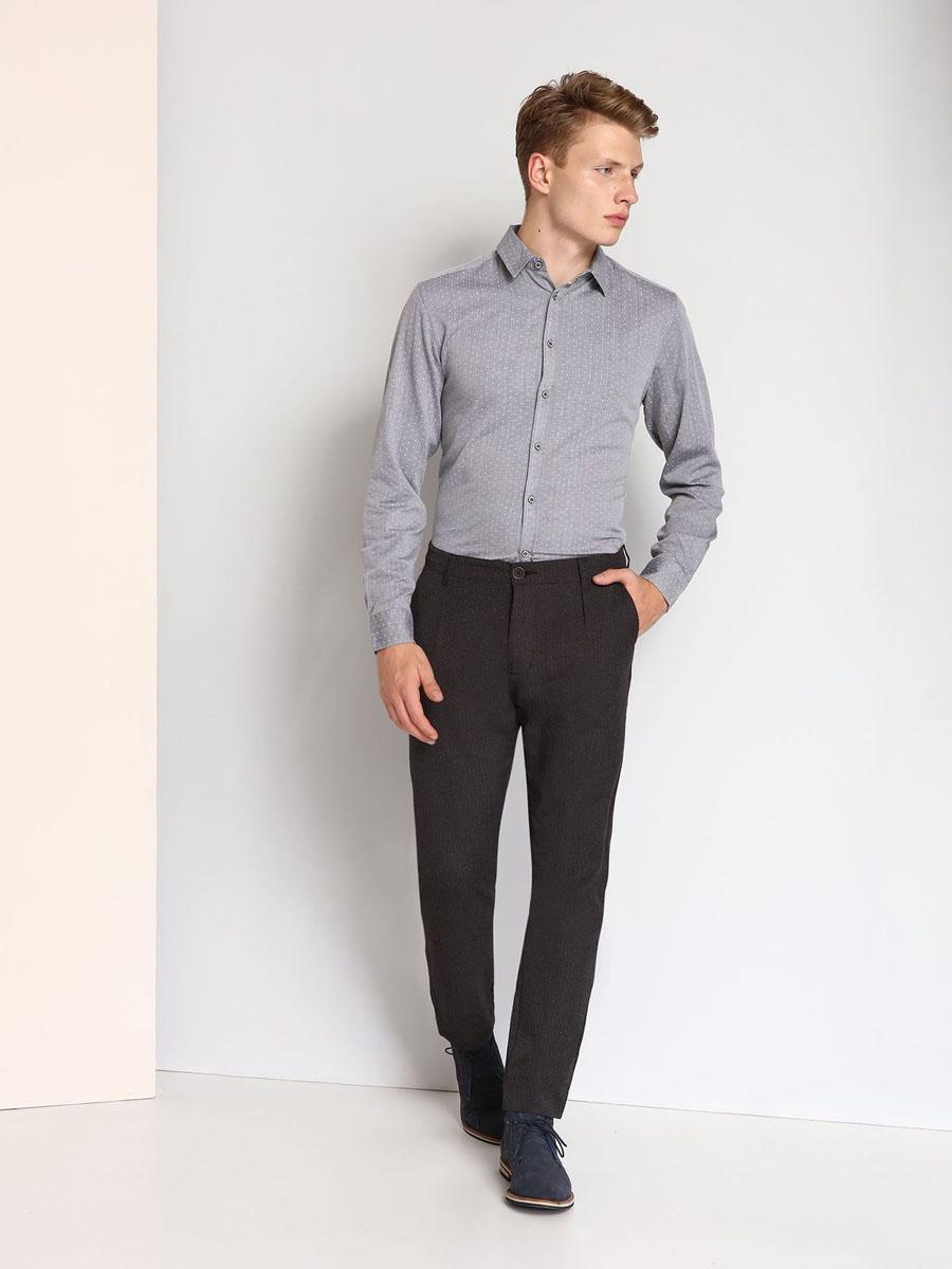 Рубашка мужская Top Secret, цвет: серый. SKL2120SZ. Размер 46 (54)SKL2120SZМужская рубашка выполнена из хлопка и оформлена мелким принтом. Спереди изделие застегивается на пуговицы. Модель со стандартным длинным рукавом и отложным воротником.