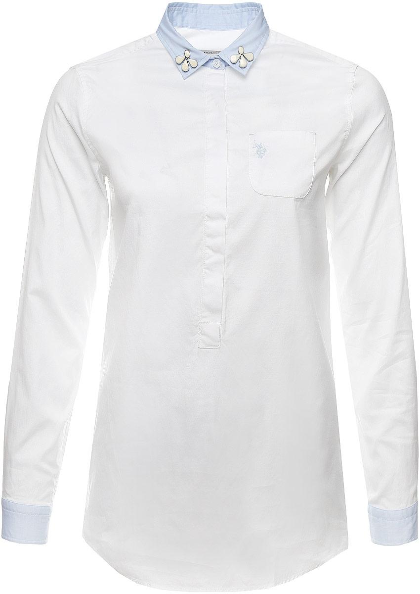 Рубашка женская U.S. Polo Assn., цвет: белый. G082SZ004TALLMARISSA_VR013. Размер 36 (42)G082SZ004TALLMARISSA_VR013Женская рубашка U.S. Polo Assn. выполнена из натурального хлопка. Модель с отложным воротником и длинными рукавами застегивается спереди на пуговицы, которые скрыты за планкой. Воротник украшен декоративными элементами. На манжетах предусмотрены застежки-пуговицы. На груди рубашка дополнена накладным карманом. Спинка изделия немного удлинена.
