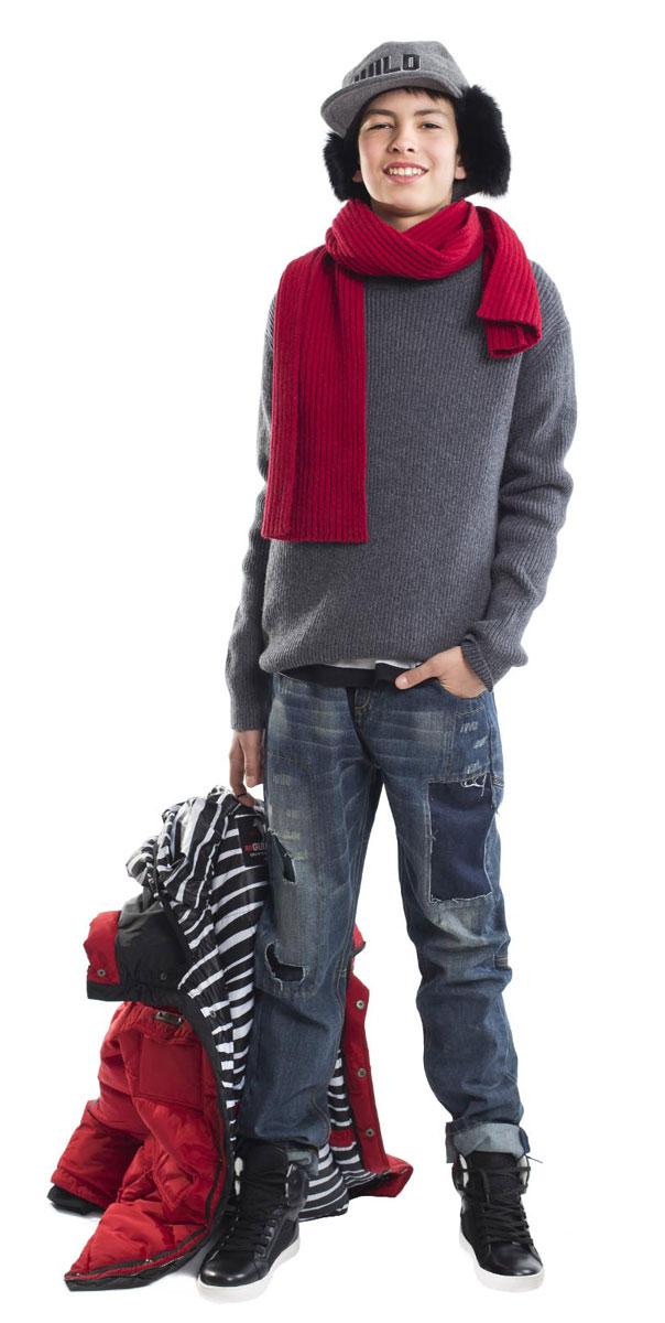 Водолазка для мальчика Gulliver, цвет: серый. 21612BTC3201. Размер 15221612BTC3201Купить водолазку для мальчика-подростка - задача не из простых! С каждым годом родителям все труднее обосновать свой выбор теплом и практичностью. Модель должна нравиться подростку и только тогда он будет носить ее с удовольствием! Простая объемная водолазка без декоративных излишеств - именно то, что нужно на каждый день.! Отличный состав пряжи обеспечивают хороший внешний вид и долговечность.