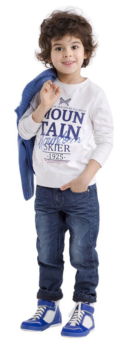 Джинсы для мальчика Gulliver, цвет: синий джинс. 21603BMC6402. Размер 9821603BMC6402Утепленные джинсы - это возможность быть стильным и современным в любую погоду! Тонкий флис на внутренней части изделия не создает ненужного объема, сохраняя актуальную зауженную форму модели, но делает синие джинсы теплыми и уютными. Зимние джинсы с модными потертостями и варкой - залог отличного настроения во время длительных прогулок в холодный и ненастный день.