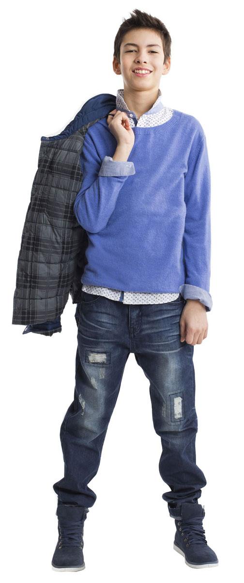 Джинсы для мальчика Gulliver, цвет: синий джинс. 21611BTC6301. Размер 15221611BTC6301Модные джинсы для мальчика - вещь совершенно необходимая! Они подарят 100% комфорт и сделают образ стильным и современным. Джинсы с варкой, потертостями, повреждениями и фирменной металлической фурнитурой будут лучшим подарком для стильного мальчика-подростка. Если вы решили купить джинсы, остановите свой выбор на этой модели и ребенок, наверняка, это оценит.