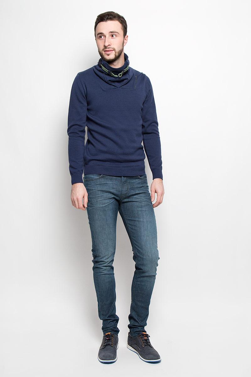 Джинсы мужские Lee Arvin, цвет: синий. L732QADJ. Размер 31-34 (46/48-34)L732QADJСтильные мужские джинсы изготовлены из эластичного хлопка. Джинсы-слим средней посадки застегиваются на пуговицу в поясе и ширинку на молнии. На поясе имеются шлевки для ремня. Спереди модель дополнена двумя втачными карманами и одним небольшим накладным кармашком, а сзади - двумя накладными карманами.