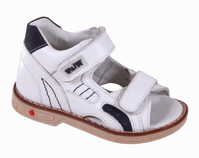 Сандалии для мальчика Tiflani, цвет: белый. 22P 0202/06. Размер 3022P 0202/06Детские сандалии для мальчиков от Tiflani, выполненные из высококачественных натуральных материалов, не только гарантируют удобство, но и служат для создания оригинального образа. Модель оформлена ремешками с застежками-липучками, позволяющими регулировать обхват по размеру.Подошва обладает отличными теплопроводными свойствами, гибкостью и износостойкостью. Каждое движение в этой обуви приносит радость и удовольствие.