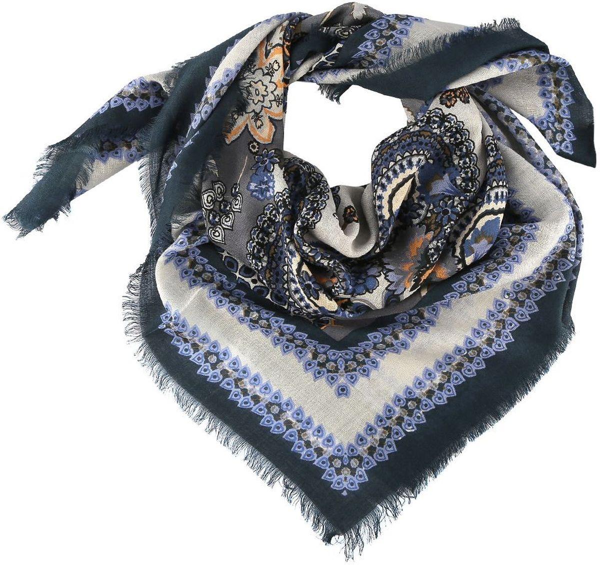 Платок Fabretti, цвет: синий, серый. 1311019-1. Размер 106 см х 106 см1311019-1Стильный женский платок Fabretti - добавит в ваш образ нотку романтики и шарма, а также подчеркнет безупречный вкус. Прекрасное завершение вашего образа.