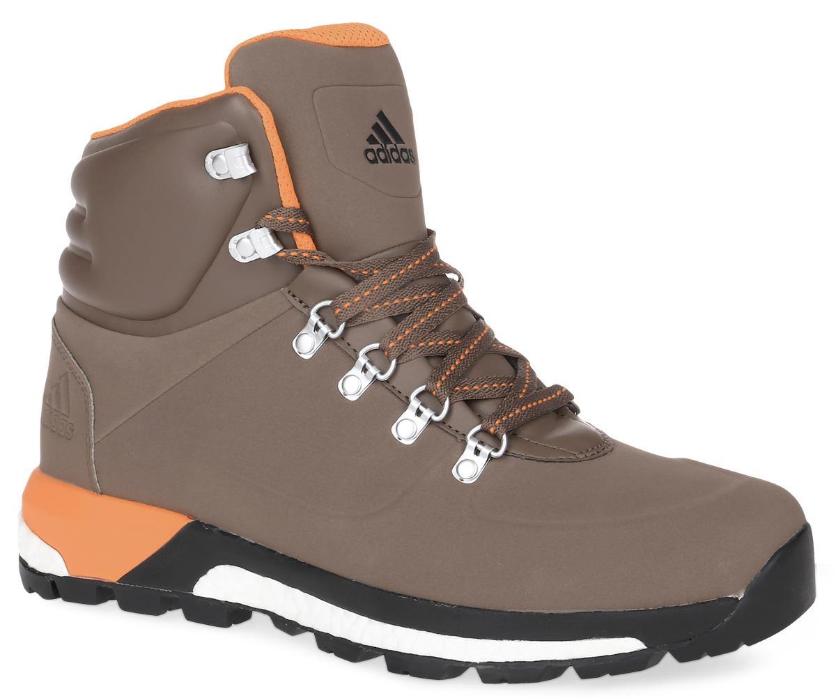 Ботинки мужские adidas CW Pathmaker, цвет: коричнево-серый. AQ4051. Размер 10 (43)AQ4051Модель CW Pathmaker от adidas - урбанистическая версия классических туристических ботинок. Верх выполнен из искусственной кожи. Мужская модель с промежуточной подошвой boost, возвращающей энергию каждого шага, обеспечивает максимальную амортизацию и сохраняет свои свойства даже при сильных перепадах температуры. Удобная текстильная подкладка и высокотехнологичный синтетический наполнитель Primaloft продолжают греть даже во влажном состоянии, дышащая технология Climawarm сохраняет ноги в тепле и сухости. Резиновая подошва Continental обеспечивает отличное сцепление на любой поверхности: от сухого грунта до скользких горных троп. Пяточный каркас из ЭВА и система Pro-Moderator для поддержки средней части стопы и устойчивости. Комфортное литое голенище. Классическая шнуровка, металлические полукольца и крючки для шнуровки надежно зафиксируют модель на ноге.