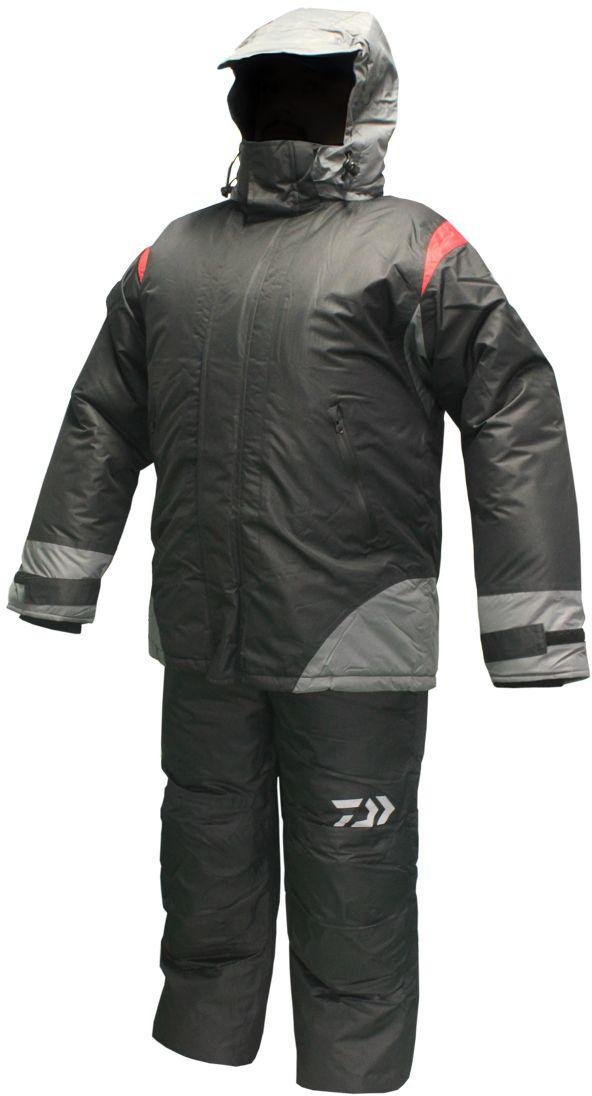 Костюм рыболовный зимний Daiwa, цвет: черный, серый, красный. 1305R. Размер XXXL (56-188)1305RКостюм зимний Daiwa 3 в 1. Комплектация: полукомбинезон, утепляющая куртка второго слоя, верхняя куртка.Полукомбинезон классический с высокой спинкой и нагрудником. Поясные утяжки на липучке для точнойрегулировки размера. Раструб штанин расширенный на молнии для удобства расположения поверх зимней обуви. Два боковых кармана с застежкой влагозащитной молнией. В коленной и ягодичной части установлены смягчеющие и утепляющие вкладыши из вспененных пластин для дополнительной защиты при соприкосновении с холодными поверхностями при ловле с колена и/или длительном сидячем положении.Материал полукомбинезона:Верх - Мембрана 5000/5000.Утеплитель: Холофайбер 200 г/м2.Подкладка: ПЭ 190 г/м2.Утепляющая куртка второго слоя предназначена для использования как дополнительный утепляющий слой. Куртка пристегивается к основной на молнию. Рукава фиксируются специальной стропой с кнопкой. Верхняя ткань куртки простегана с утеплителем, что позволяет не сваливаться утеплителю. При этом внутренний слой не простегивается, таким образом отсутствуют дополнительные мостки холода.Куртка может использоваться как отдельная верхняя одежда в прохладных помещениях и/или в прохладную погоду, а так же в палатке при зимней ловле.Материал верха: смесовая ткань максимально легко проводящая влагу, что позволяет не намокать утепляющему слою.Утеплитель: Холофайбер 100гр/м2.Внутренний слой: подкладочноя ткань с меньшим коэффициентом паропроницаемости чем верх.Разница в паропроницаемости верхнего и внутреннего слоя позволяет максимально эффективно проводить влагу от тела к верхней куртке оставляя все нижние слои одежды максимально сухими.Верхняя куртка удлиенная, закрывающая тело до бедра, что позволяет максимально эффективно сохранять тепло. Удобный крой позволяет использовать куртку как с внутренней дополнительной курткой, так и без неё. Боковые втачные карманы закрывающиеся влагозащищенной молнией. Двойная ветроз