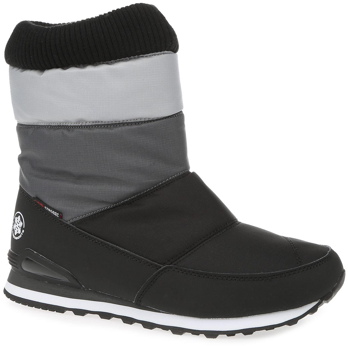 Дутики женские Strobbs, цвет: черный, серый. F8163-3. Размер 38F8163-3Удобные женские дутики Strobbs - отличный вариант для повседневной носки. Модель выполнена из полиэстера с пропиткой и синтетической кожи. Верх изделия оформлен резинкой, которая надежно фиксирует модель на ноге и регулирует объем. Подкладка и стелька, изготовленные из искусственной шерсти, согреют ноги в мороз и обеспечат уют. Подошва препятствует скольжению, а ее особая форма обеспечивает удобство при ходьбе. Модель маломерит на 1 размер. В таких дутиках вашим ногам будет тепло и комфортно.