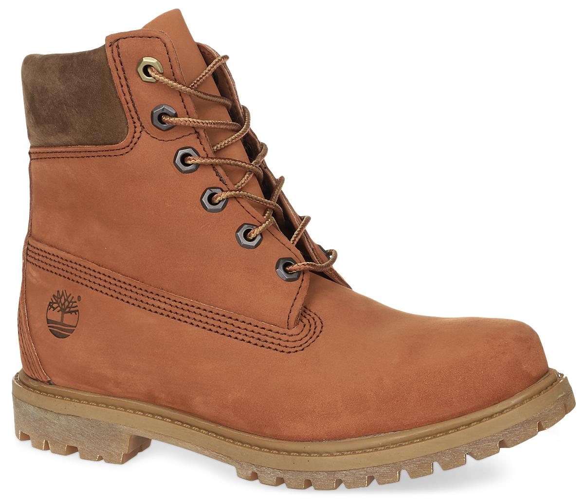Ботинки женские Timberland 6 Premium Boot, цвет: оранжево-коричневый. TBLA18NUW. Размер 9 (39)TBLA18NUWКлассические шестидюймовые ботинки 6-inch Premium Boot от Timberland заинтересуют вас своим дизайном с первого взгляда! Модель изготовлена из натурального нубука и сбоку оформлена тисненым логотипом бренда. Высокий язычок и шнуровка обеспечивают плотное прилегание верхней части ботинок к ноге, создавая дополнительную теплозащиту. Утеплитель Primaloft 400г и стелька Anti-Fatigue для большего комфорта обеспечивают максимальный комфорт при движении. Каблук и подошва с протектором гарантируют идеальное сцепление с любыми поверхностями.