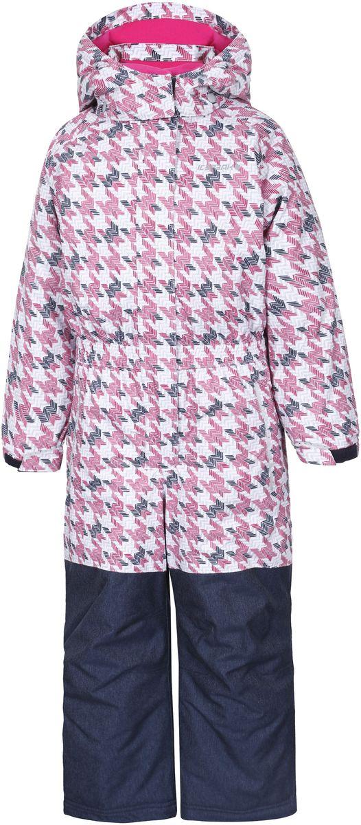 Комбинезон для девочки Icepeak Jasmin, цвет: розовый, темно-синий. 652150502IV. Размер 92652150502IV_635Детский комбинезон Icepeak Jasmin изготовлен из непромокаемой ветрозащитной мембранной ткани, застегивается на застежку-молнию спереди и имеет ветрозащитный клапан на липучках и кнопке. Комбинезон с длинными рукавами-реглан, воротником-стойкой и съемным капюшоном на кнопках дополнен светоотражающими элементами. Модель оснащена втачным карманом на застежке-молнии спереди. На талии расположена эластичная резинка. Рукава дополнены хлястиками на липучках. Брючины дополнены внутренними противоснежными манжетами. Комбинезон оформлен геометрическим принтом, нижняя часть стилизована под джинсы.