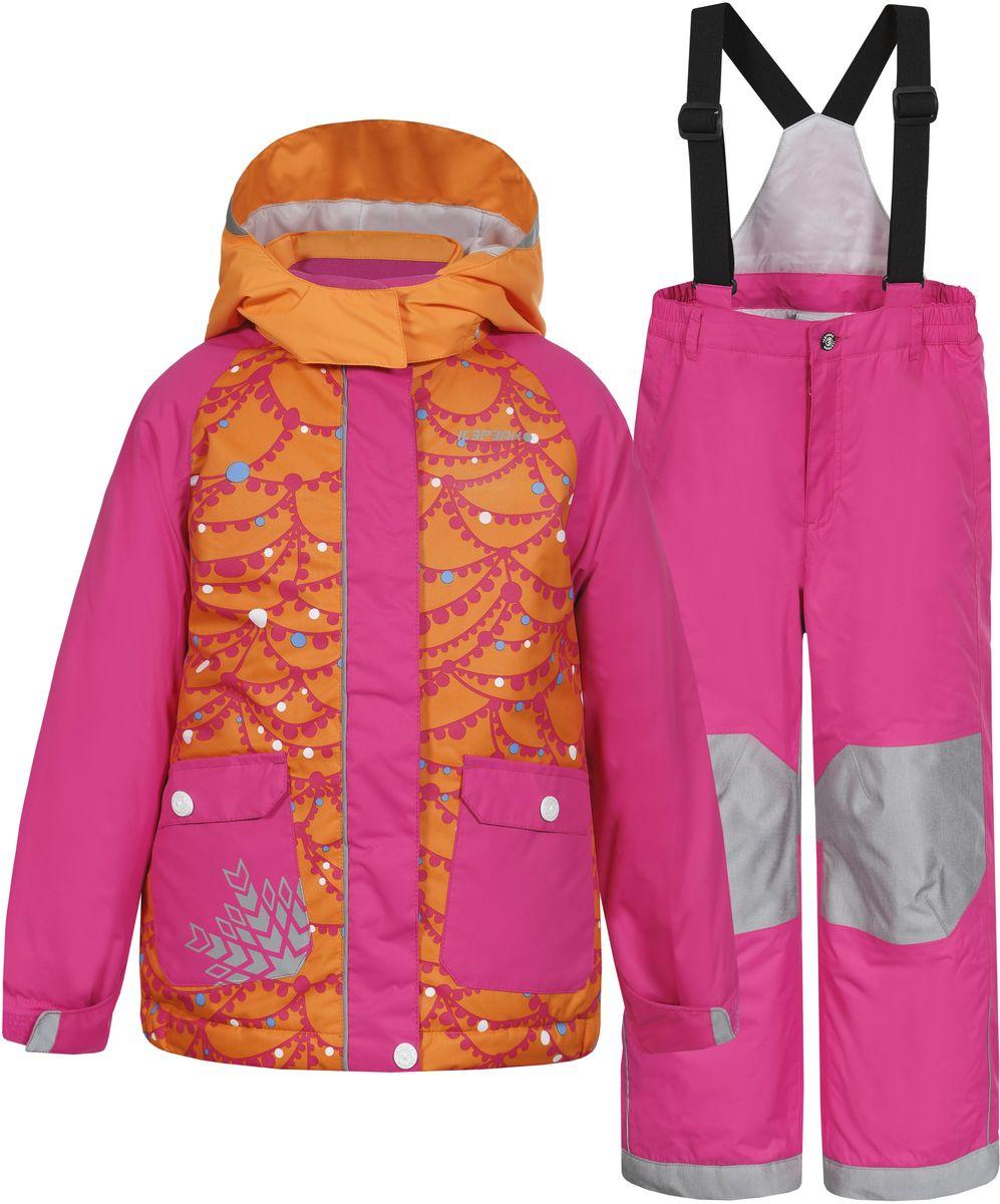 Комплект для девочки Icepeak Jody Kd: куртка, брюки, цвет: оранжевый, розовый. 652102502IV. Размер 122652102502IV_465Комплект для девочки Icepeak Jody Kd выполнен из 100% полиэстера и состоит из куртки и брюк. В качестве подкладки и утеплителя также используется 100% полиэстер. Ткань изготовлена с применением технологии ICEMAX, с водонепроницаемой и воздухопроницаемой мембраной 5000мм/2000 г/м2 /24 ч, которая защищает от ветра и влаги даже в экстремальных условиях. Брюки застегиваются на молнию и пуговицу. Подкладка брюк выполнена из гладкой ткани. Изделие дополнено эластичными наплечными лямками, регулируемыми по длине. На талии по бокам предусмотрена широкая эластичная резинка. Снизу брючин предусмотрены муфты с прорезиненными полосками, препятствующие попаданию снега в обувь и не дающие брючинам задираться вверх. Куртка со съемным капюшоном и воротником-стойкой застегивается на пластиковую застежку-молнию с защитой для подбородка и дополнительно имеет ветрозащитную планку на липучках и кнопках. Капюшон пристегивается при помощи кнопок. Манжеты рукавов дополнены эластичными резинками и регулируются по ширине за счет хлястиков с липучками. Спереди модель дополнена двумя накладными карманами на застежках-кнопках. Комплект оснащен светоотражающими элементами.