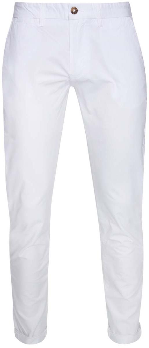 Брюки мужские oodji Lab, цвет: белый. 2L150067M/44264N/1000N. Размер 40-182 (48-182)2L150067M/44264N/1000NМужские брюки oodji Lab выполнены из натурального хлопка. Модель застегивается на пуговицу в поясе и ширинку на молнии. Имеются шлевки для ремня. Спереди расположены два втачных кармана и прорезной кармашек, сзади - два прорезных кармана на пуговицах, а также имитация прорезного кармашка.Изделие сзади оформлено фирменной текстильной нашивкой.При необходимости брюки можно подвернуть.