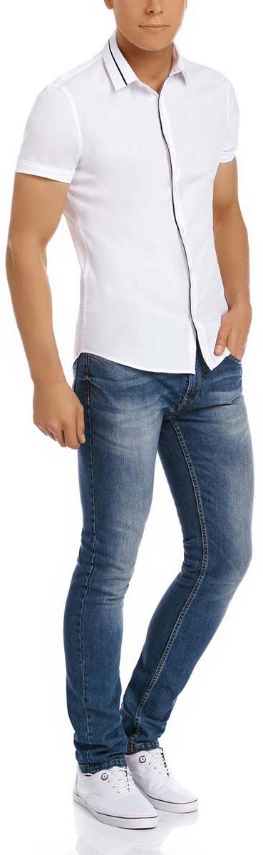 Рубашка мужская oodji, цвет: белый, черный. 3L240004M/34188N/1029B. Размер 42-182 (52-182)3L240004M/34188N/1029BМужская рубашка oodji выполнена из эластичного хлопка с добавлением полиамида и полиуретана. Рубашка кроя extra slim с короткими рукавами и отложным воротником застегивается на пуговицы спереди.