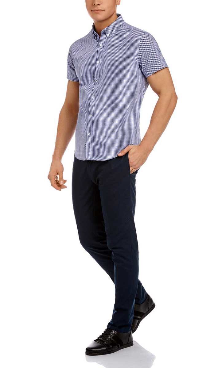 Рубашка мужская oodji, цвет: белый, темно-синий. 3L210030M/44192N/1079C. Размер 39-182 (46-182)3L210030M/44192N/1079CМужская рубашка oodji из натурального хлопка скроена по классическому силуэту и плотно садится по фигуре. Имеет короткие рукава, застегивается на пуговицы спереди. Две запасные пуговицы подшиты с обратной стороны полы.