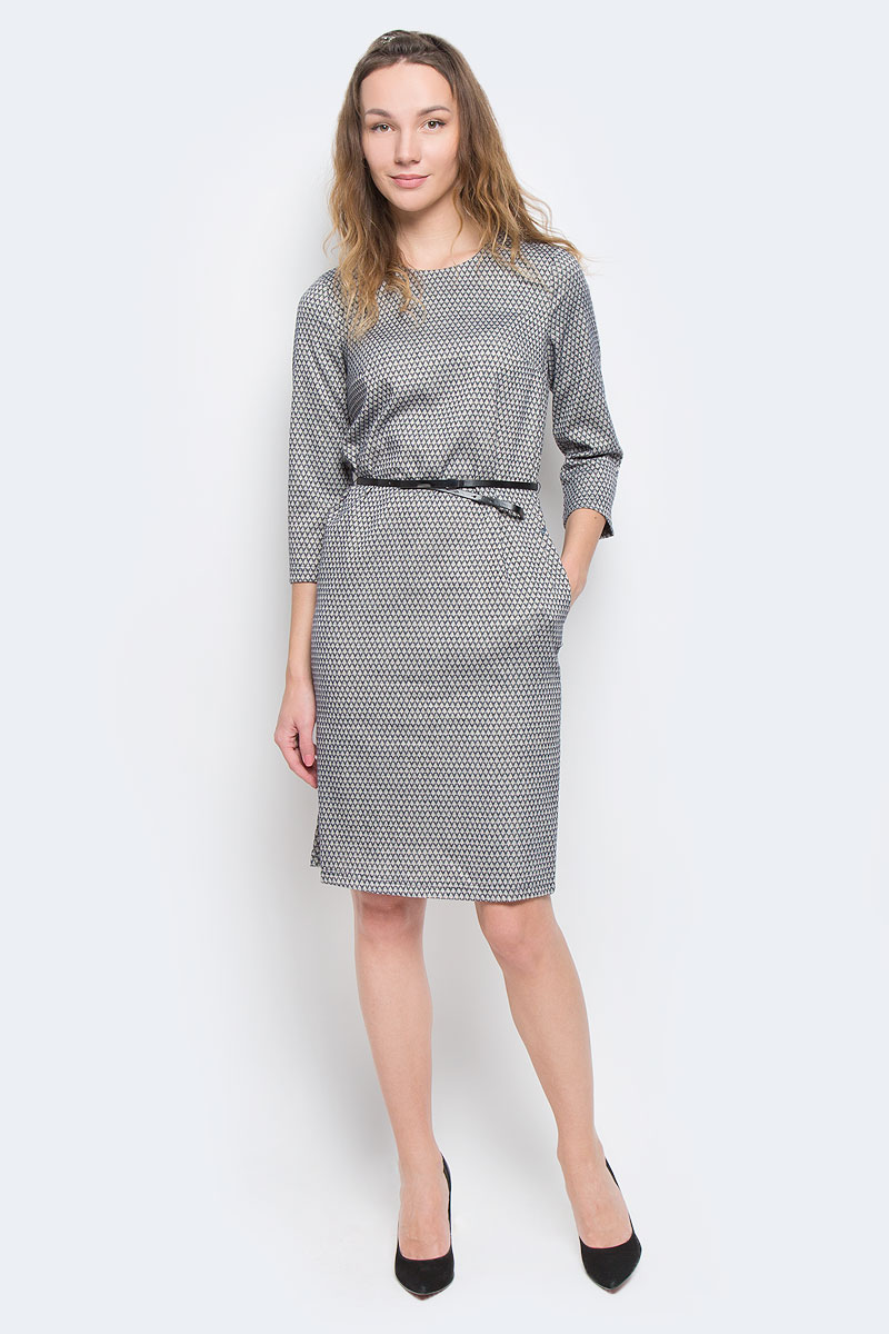 Платье Finn Flare, цвет: серый, темно-синий. W15-11031. Размер S (44)W15-11031Очаровательное платье Finn Flare прямого кроя из мягкого плотного трикотажа подойдет не только для повседневной носки, но и с легкостью поможет создать романтический образ. Модель с круглым вырезом горловины и рукавами 3/4 выполнена из хлопка с добавлением вискозы. На спинке модель застегивается на скрытую застежку-молнию. Платье дополнено тонким ремешком из искусственной кожи. Это стильное платье подарит вам комфорт и станет отличным дополнением к вашему гардеробу.