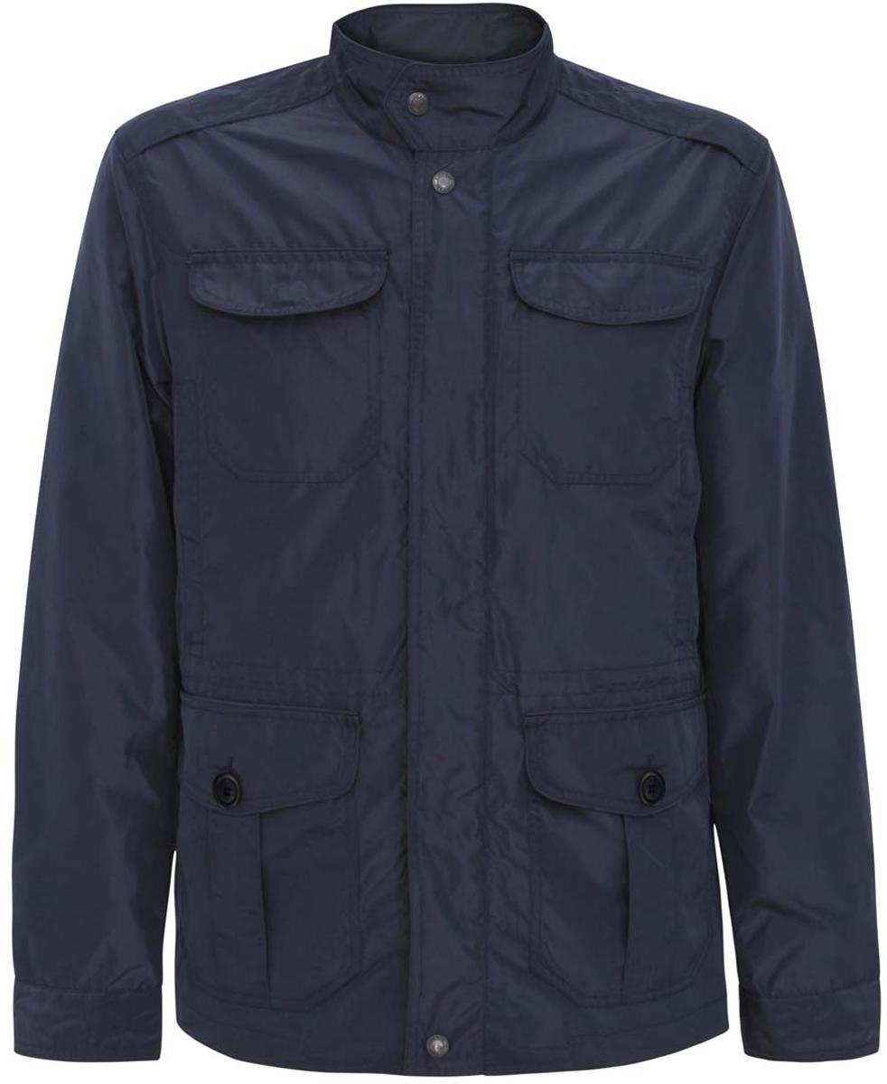 Куртка мужская oodji, цвет: темно-синий. 1B401002M/44096N/7900N. Размер S-182 (46/48-182)1B401002M/44096N/7900NСтильная мужская куртка oodji изготовлена из высококачественного полиэстера. В качестве подкладки используется полиэстер.Модель с воротником-стойкой застегивается на застежку-молнию, которая дополнена сверху защитной планкой на кнопках. Спереди расположены четыре накладных кармана с клапанами на кнопках и пуговицах, также два втачных кармана на кнопках, а с внутренней стороны - расположен прорезной карман на застежке-молнии.Манжеты выполнены на пуговицах. В поясе куртка дополнена эластичной резинкой на стопперах.